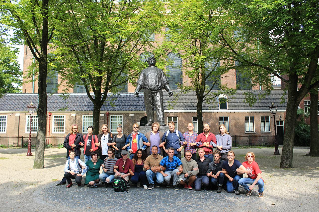 Rode Tour Amsterdam - Groepsfoto Dokwerker