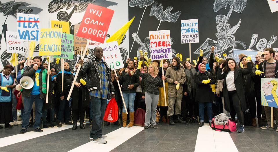 """Actie SchoonGenoeg op de UvA – """"Niet Normaal!"""""""
