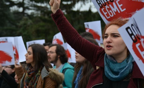 Solidarity with Turkish communist Youth (TKG)
