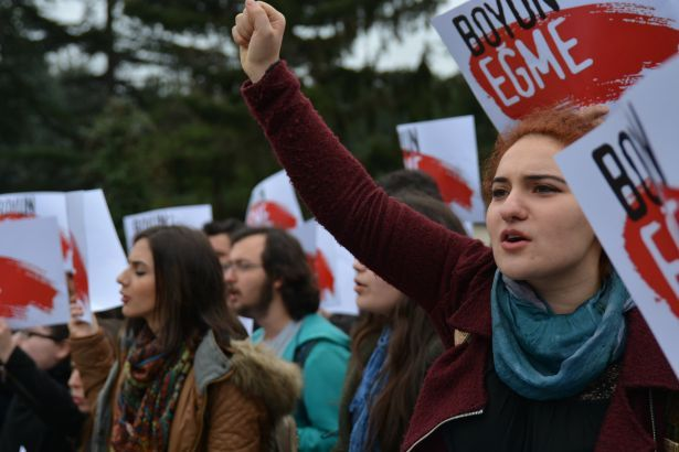 Solidariteitsverklaring Turkse communistische Jeugd (TKG) – Solidarity with Turkish communist Youth