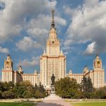 Gratis onderwijs 'onbetaalbaar'? Ervaringen uit de Sovjet-Unie