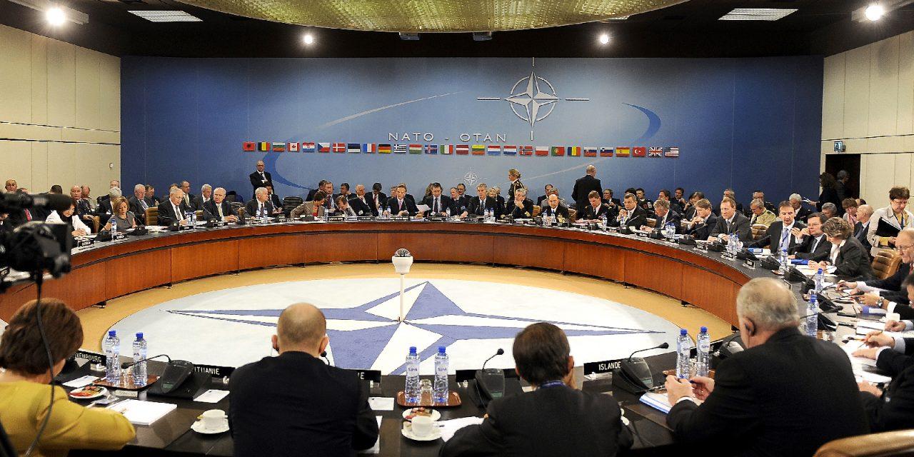 De volkeren moeten de strijd tegen de NAVO en de imperialistische plannen versterken!